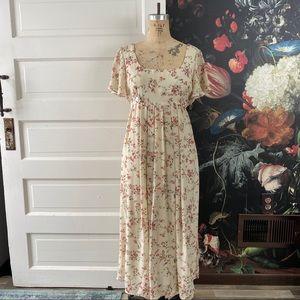 Vintage Floral Flutter Sleeve Boho Maxi Dress